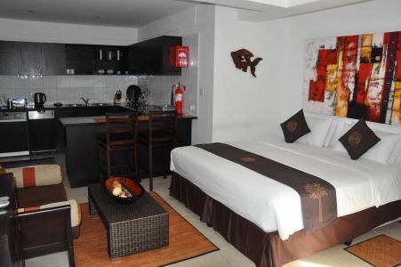 Leuke Ingerichte Slaapkamers : Hanneman holiday residence beau vallon seychelles